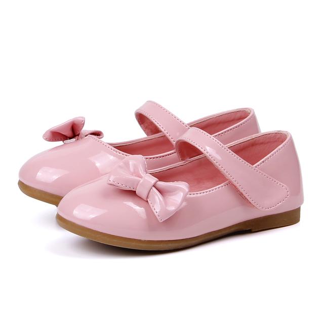 2017 Primavera Correa de Arco de los Bebés Primeros Caminante Niños Ballet Flats Zapatos de Patente de LA PU de Los Niños Pequeños Pisos Zapatos de La Princesa
