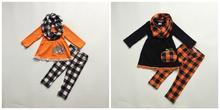 Nuevo Bebé niñas otoño/invierno Halloween 3 piezas bufanda negro top pantalones conjuntos algodón calabaza plaid pompón boutique ropa de los niños