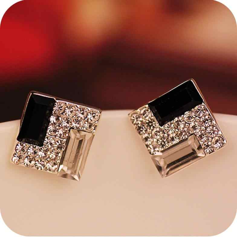 Promotion Europe Trendy Luxurious Elegant Black White Sparkling Bling Rhinestone Square Gem Stud Earrings E178