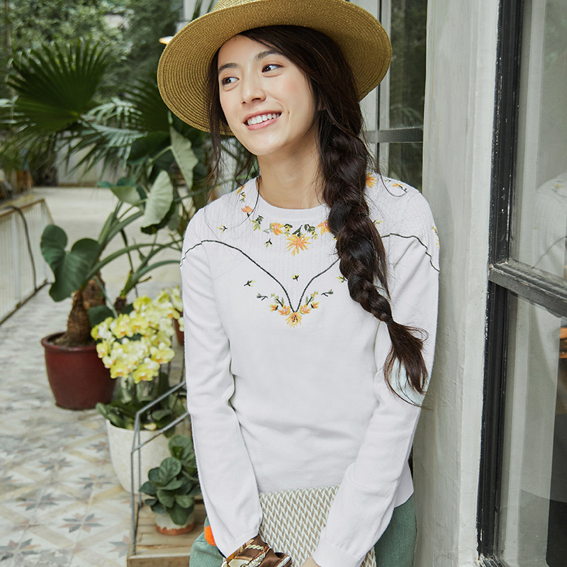 INMAN Women Spring Autumn Clothes Pullovers Round Neck Embroidered Pullover Women