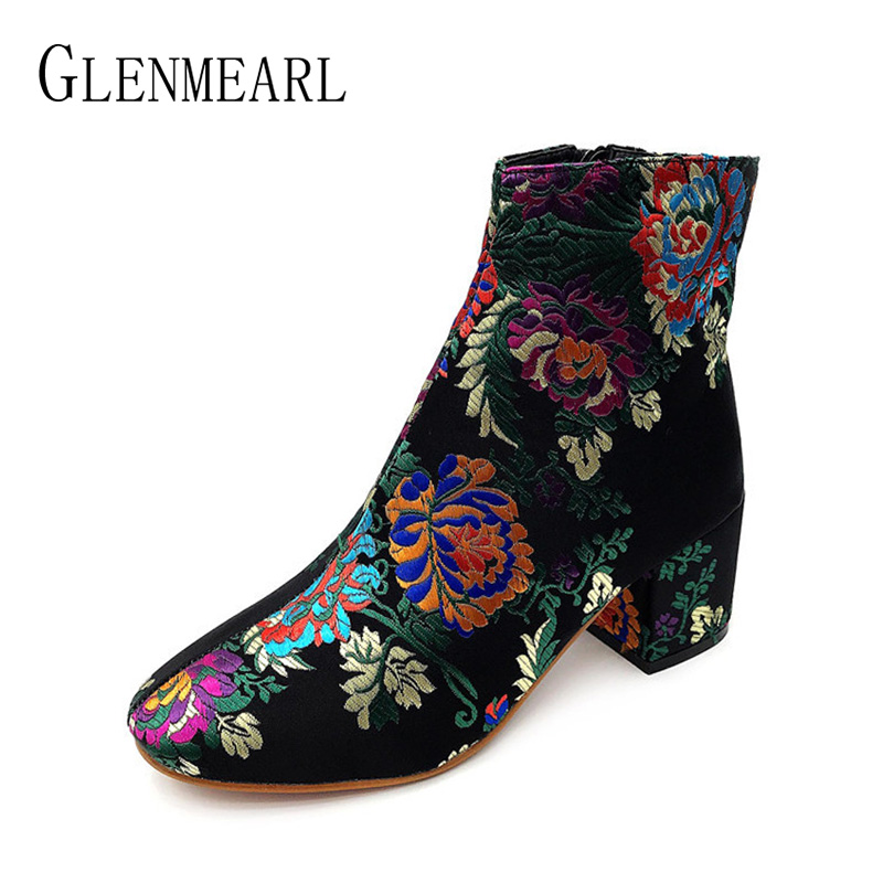 Women Boots Ankle Winter Shoes High Heels Casual Shoes Fashion Embroider Boots Woman Flower Round Toe Female Short Boots 2018 DE