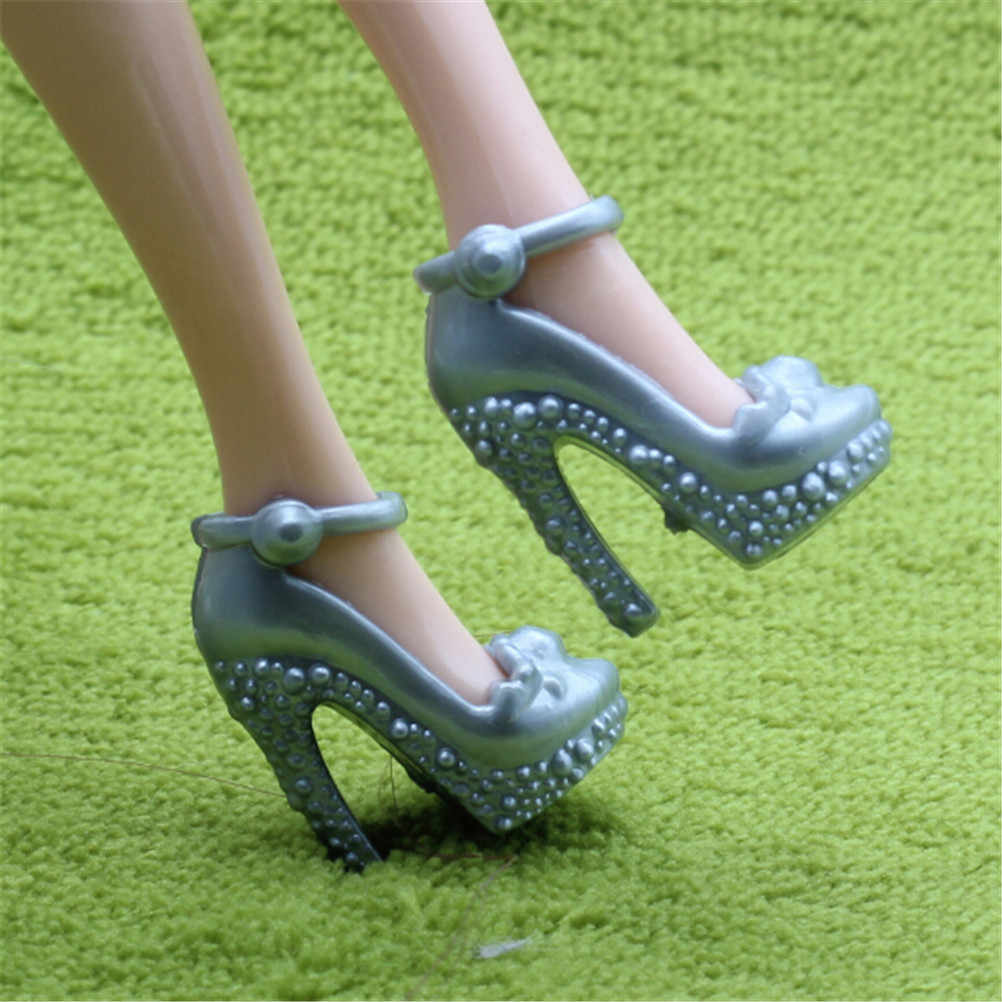 2 Pairs  Handmade Plastic Doll Shoes Silver/Grey Color Fashion Doll High Heel Sandals Shoes For for Barbie Blythe Doll