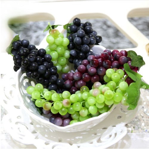 Lifelike Artificial Grapes Plastic Artificial Flowers Fake Decorative Fruit Food Simulation Fruit Vegetables Home Shop Decor
