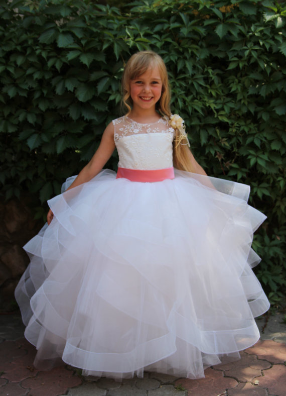 Ivory Lace Girl Dresses 2018 Tulle Ball Gown Flower Girl Dresses Floor Length Girls Pageant Dress Sleeveless Communion Dresses ball gown short sleeves knee length summer flower girl dresses girls party pageant communion dress