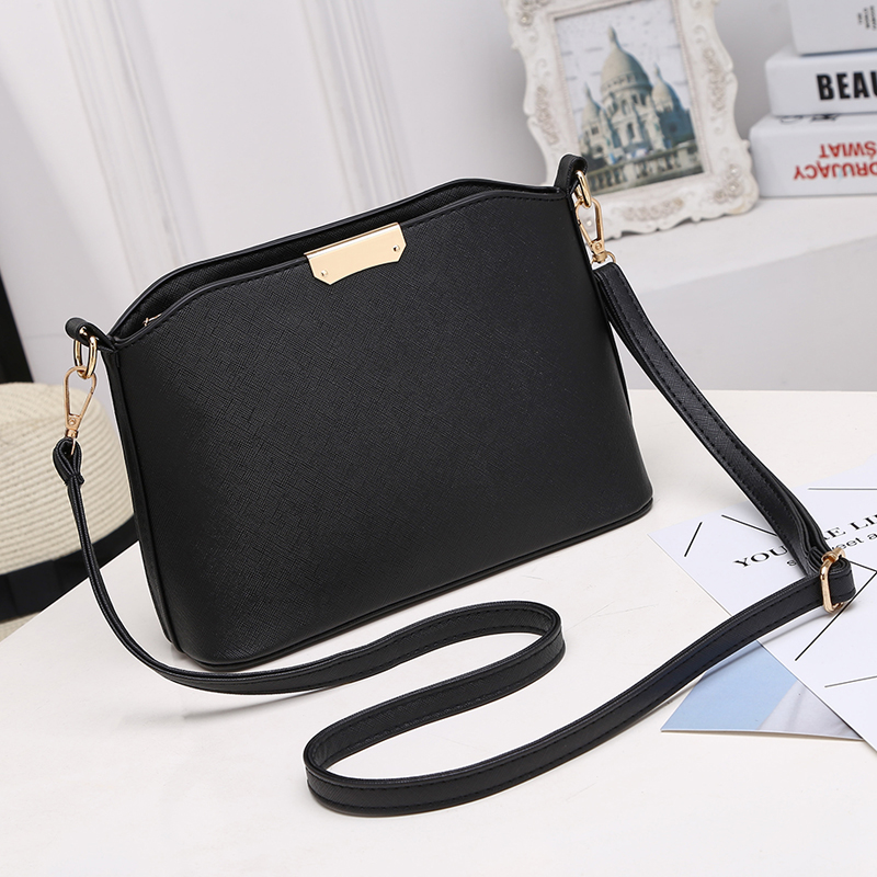 Solid 2019 New Candy Color Women Messenger Bags Casual Shell Shoulder Crossbody Bags Fashion Handbags Clutches Ladies Party Bag