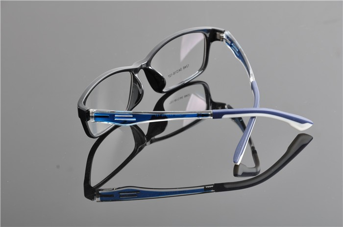 c2 black blue glasses (4)