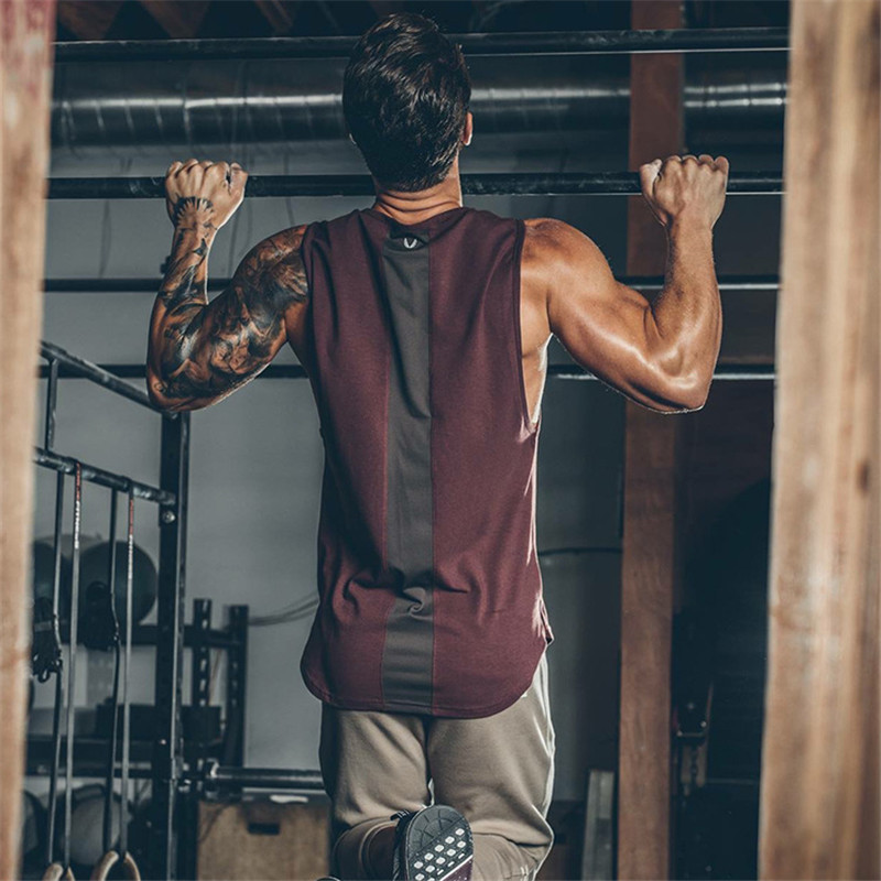 2019 Summer Newest Brand Mens Curved Hem Patchwork Gyms Stringers Vest Bodybuilding Clothing Fitness Man   Tanks     Tops