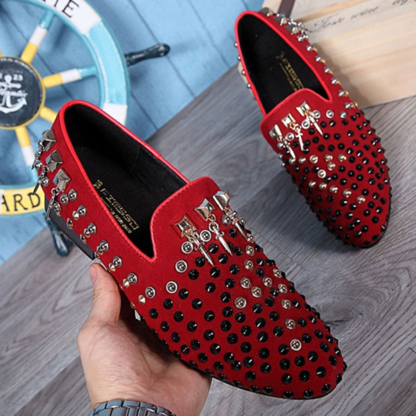 2017 top quality red color suede men's dress spiked shoes male loafer slip on men luxury designer flats driving mocassin handmade mens dress shoes italian leather studded flats loafer shoes men casual shoes fashion spiked loafer 35 46