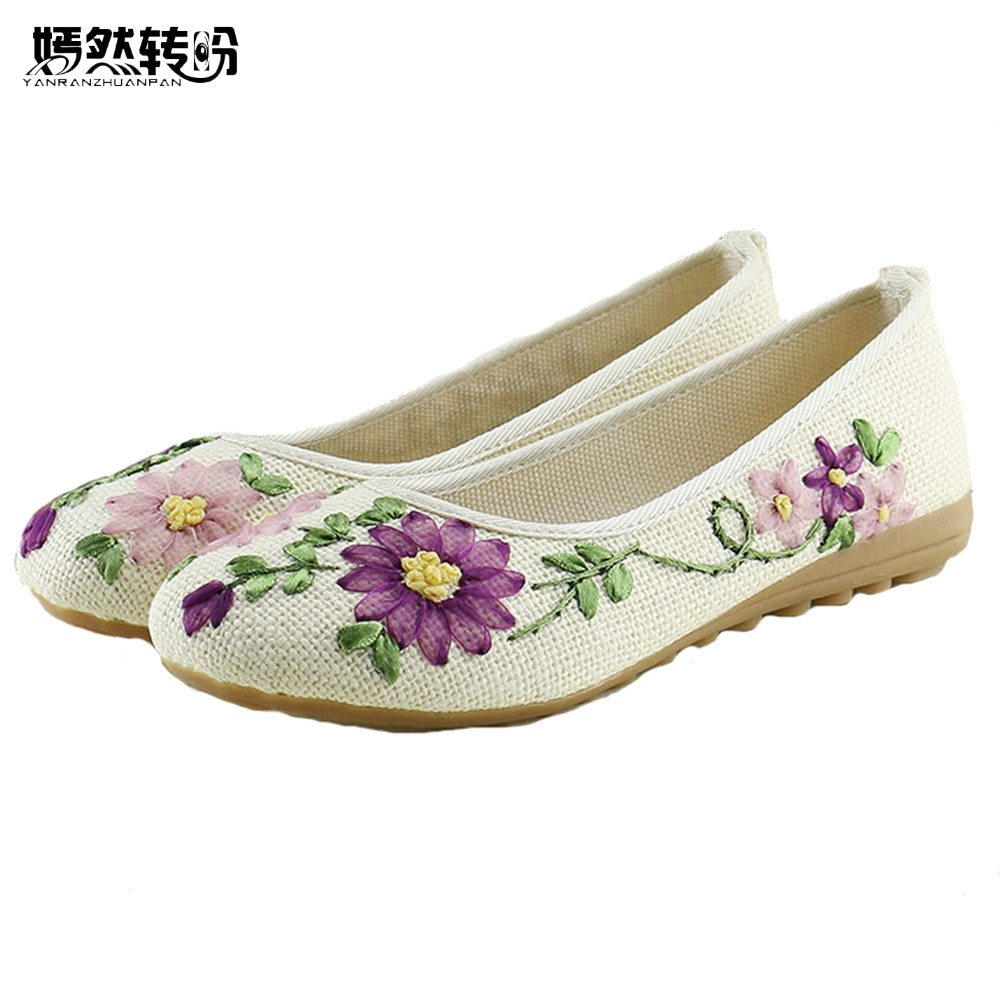 Vintage Women Flats Newest Flower Embroidery Slip On Cotton Fabric Casual Comfortable Round Toe Woman Ballet Ballerina Shoes vintage embroidery women flats chinese floral canvas embroidered shoes national old beijing cloth single dance soft flats
