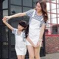 2015 семья установить одежду для матери и дочери соответствия мать дочь платья полосатый хлопок футболки + мода платья комплект