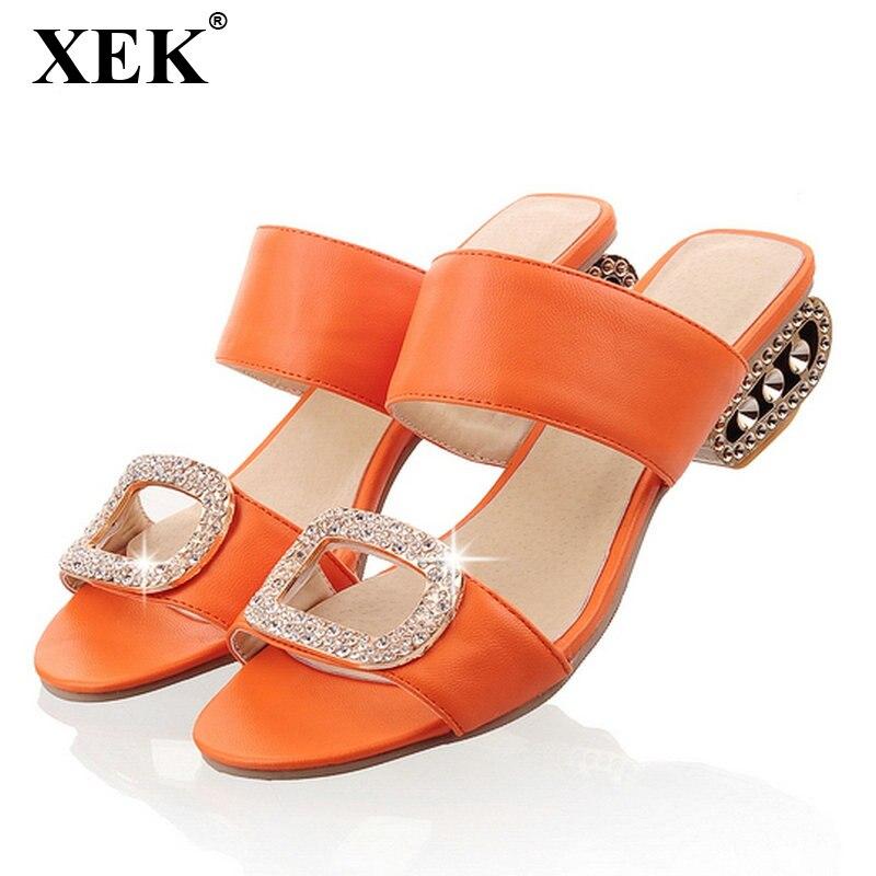 XEK Женская мода 2018 новые модели летней обуви толстый каблук Вьетнамки сандалии-гладиаторы на платформе шлепанцы со стразами тапочки WFQ55