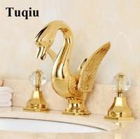 פליז יוקרה הגעה חדשה זהב סיים ברז כיור נרחב אמבטיה עיצוב ברבור ', שלושה חור אגן ברז מיקסר