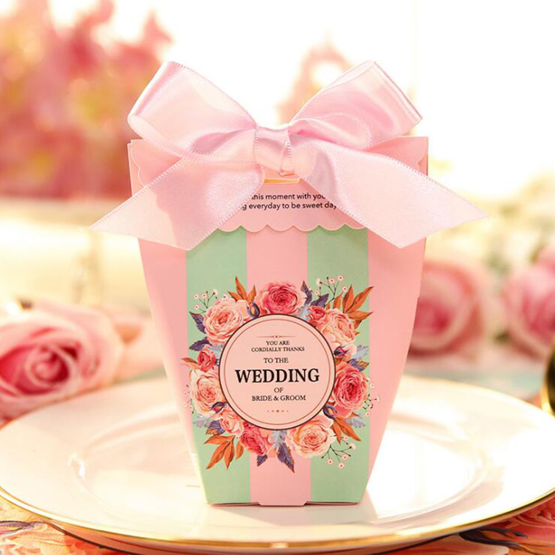 Romantic Wedding Gifts: AVEBIEN 50pcs Creative Wedding Favors Chocolate Paper