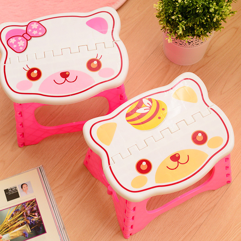 Creative Cartoon Plastic Children's Stool Organizer Home Kitchen Out Picnic Portable Thick Folded Stool Childrenanti-Drop Wear