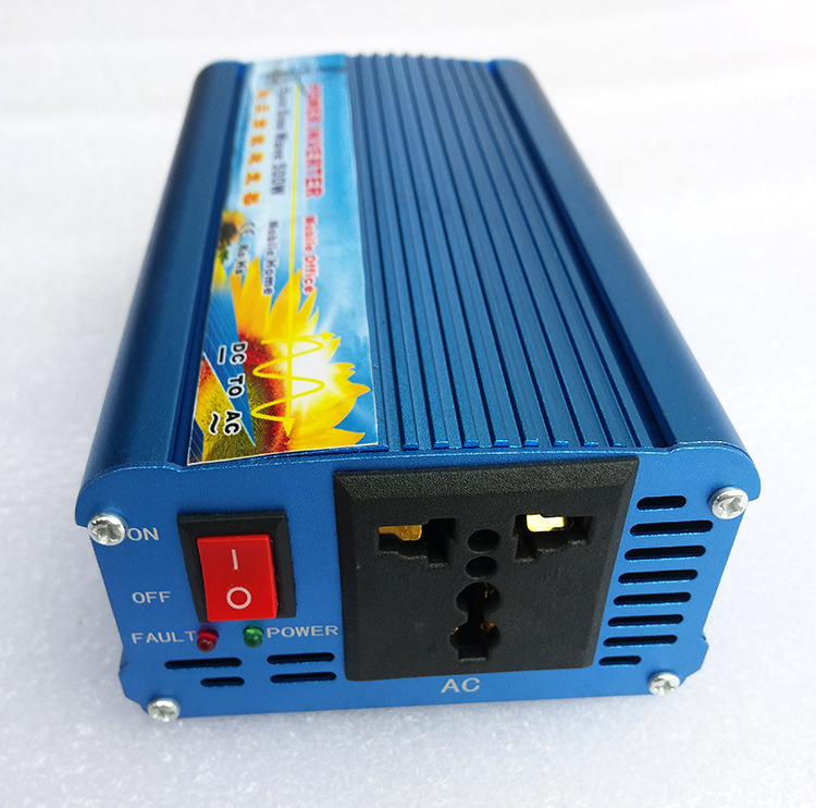 Off Grid Pure Sine Wave Inverter 24V 220V 500W Solar Inverter Car Power Inverter 12V/24V DC to 110V/120V/220V/240V AC Converter