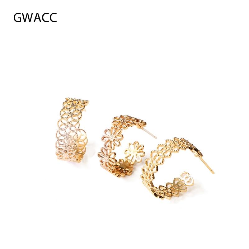 GWACC 2019 Openwork Lace Stud Earrings For Women INS Minimalist Hollow Design Small Three Pattern Fashion Jewelry boho