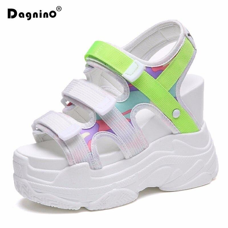 DAGNINO 2018 D'été sandales à plateforme Femmes 11 CM Coins Fond Épais chaussures décontractées Confortable Blanc Crochet et Boucle Sandales Sneakers