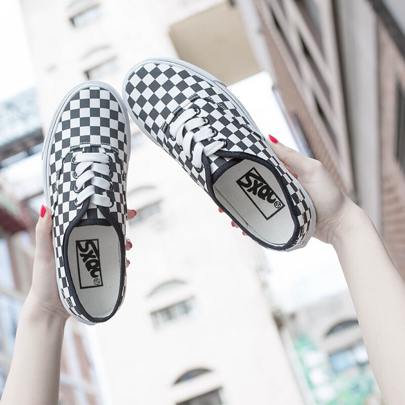 2018 New Rome Style Plaid Canvas Shoes Women Flats Low Top Lace Up - Zapatos de mujer - foto 5