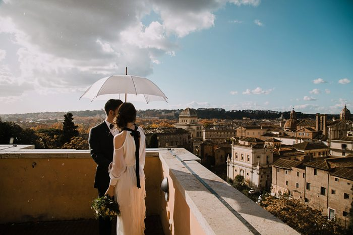 piazza-del-campidoglio-in-rome-was-the-perfect-wedding-destination-for-this-art-and-history-loving-couple-quince-and-mulberry-studios-34-700x467
