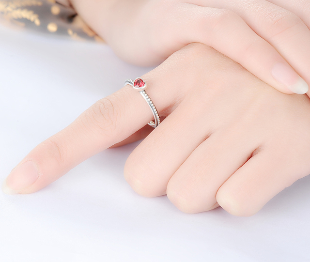 925 Sterling Silver Ring with Romantic Love Heart Zircon Ruby