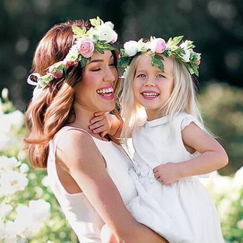 2018 nuevo 2 unids / lote mamá y niños guirnalda flor flor de viaje - Accesorios para la ropa