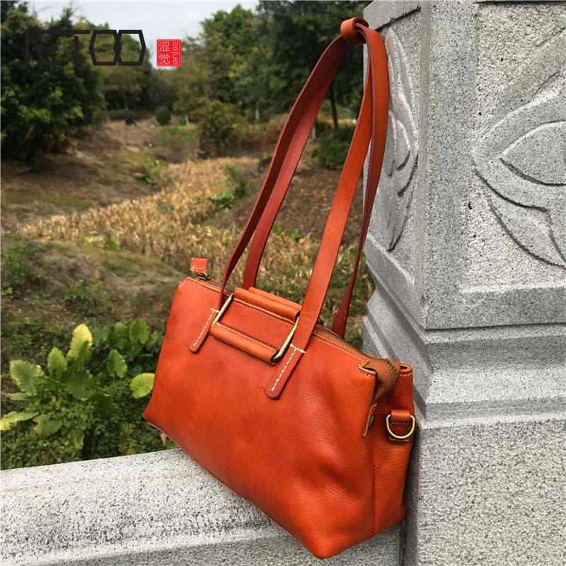 AETOO Leather handbags cross section mini vegetable tanned leather packet pouch leather retro art fan shoulder