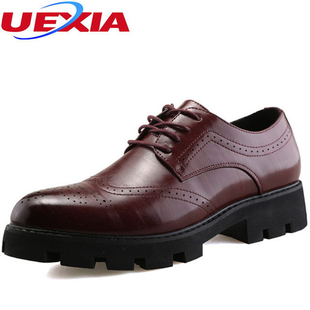 f09efc0b0bc51 Caballeros modernos formal Oxfords cuero mens wedding party negro vestido  Zapatos hombre wingtip brogue puntiagudo Oficina