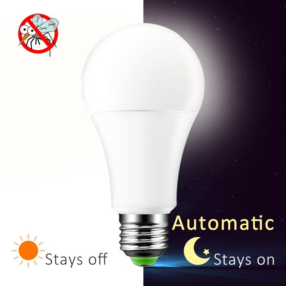 Newest LED Sensor Light E27 Dusk To Dawn LED Smart Bulb B22 LED Sensor Lamp Automatic On/Off For Home Porch Yard Garage Lighting