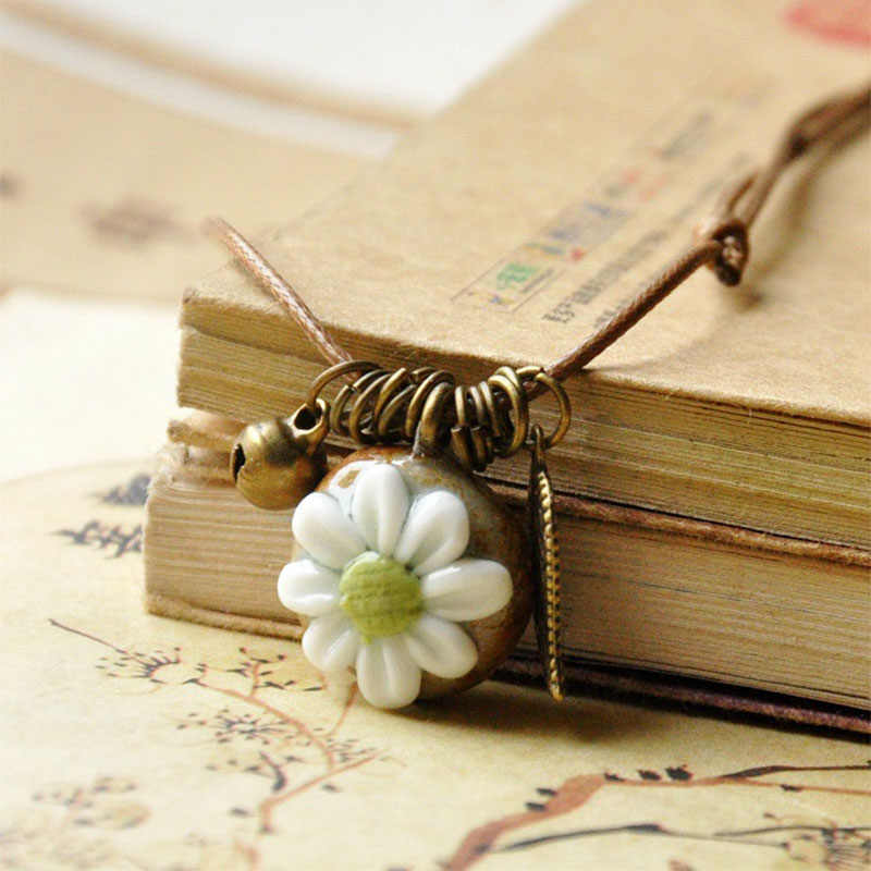 Flower Necklaces Women Hollow Leaf Pendants Ceramic Beads Bronze Bell Statement Charm Choker Adjustable Ethnic Jewelry
