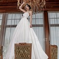 2017 New arrival A-line Satin Wedding Dress Long Strapless Sweep-train Wedding Dresses Vestido de noiva Bride Dresses CGW374