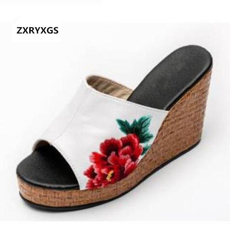ZXRYXGS Marque Sandales Brodé En Cuir Véritable Chaussures D'été Femmes Sandales Pantoufles 2019 Nouvelle Plate-Forme de Cales De Mode Sandales