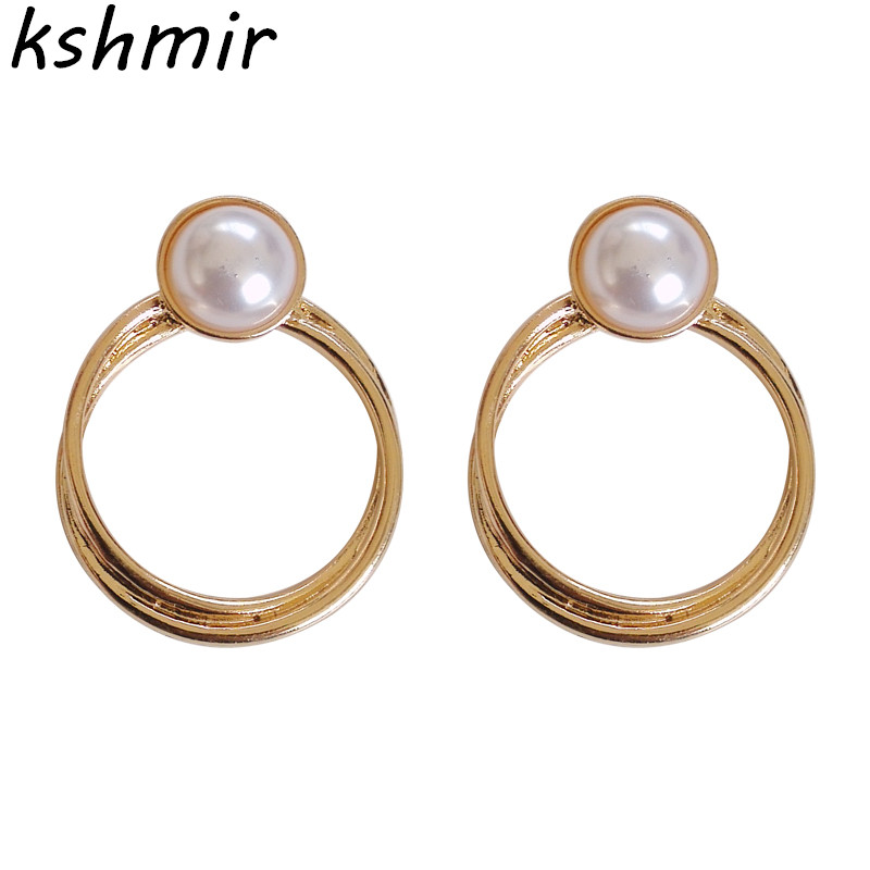 Ms delicate earrings fashion boutique eardrop temperament contracted metal geometry pearl earrings circle earrings in Stud Earrings from Jewelry Accessories