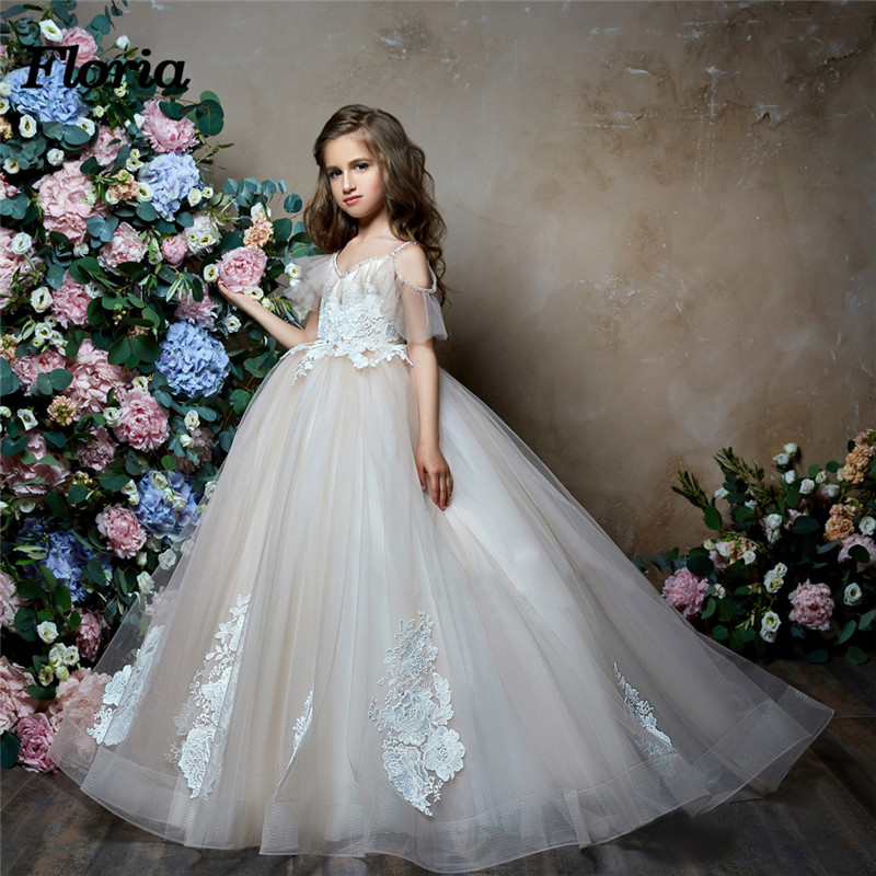 Gilrs White Lace Beaded Ball Gown Long   Flower     Girl     Dresses   Vestido dehamia New Arrival 2018 First Communion   Dresses   For Weddings