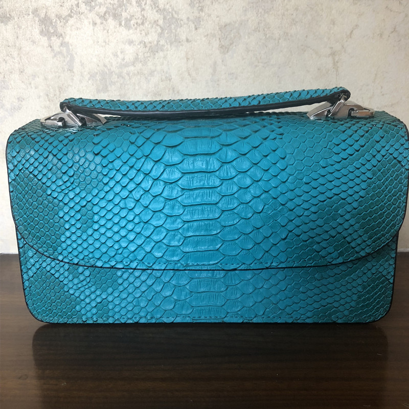 2018 Women Handbags Emerald Green Serpentine Chains Cover Messenger Shoulder Bags Messenger Bag Crossbody Flap Totes Handbag genuine leather women shoes fashion lace up casual flat shoes peas non slip outdoor shoes plus size