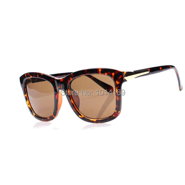 faf7145700 Korean star Gianna Jun you thousands of Iraqi Ode same paragraph Unisex  Sunglasses from the stars of 7150-in Sunglasses from Apparel Accessories on  ...