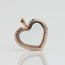 2 Colors Heart Shape Glass Floating Locket Pendant Stainless Steel Magnetic With Rhinestone