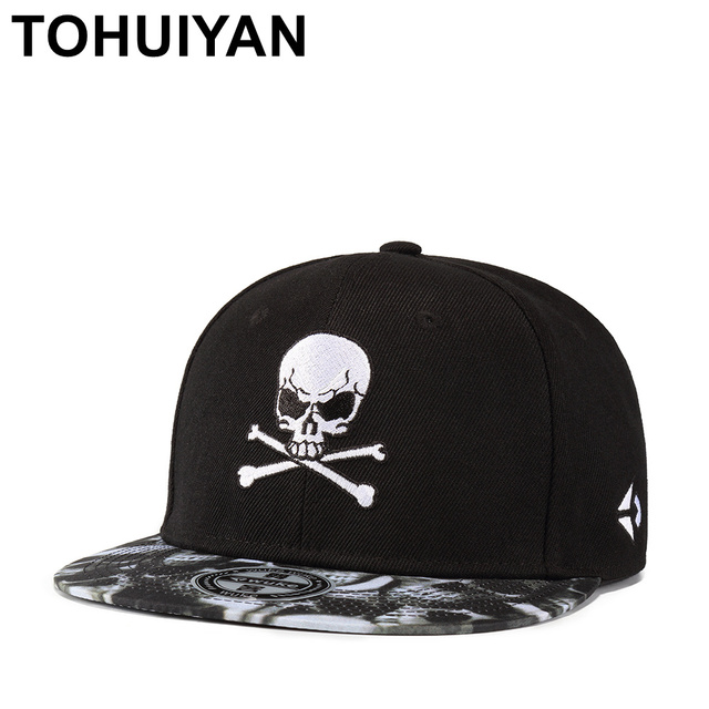 cdf05f15bfd TOHUIYAN Men Women Cool Pirate Skull Embroidery Snapback Cap Flat Visor  Adjustable Baseball Hat Hip Hop