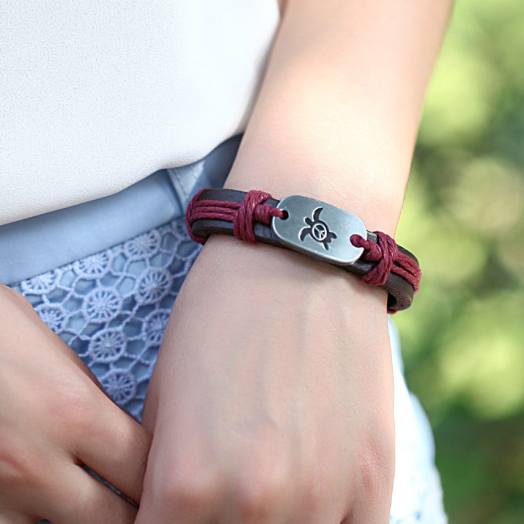 red hand crafted leather sea turtle bracelet-1