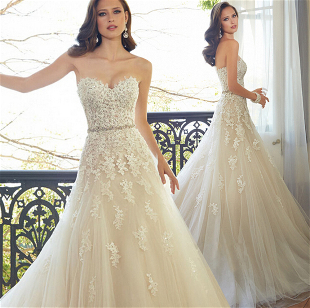 Online get cheap size 20 wedding dress aliexpress alibaba group 9032 lace long wedding dress bride dresses beading crystal beach gown size 2 4 6 8 ombrellifo Choice Image