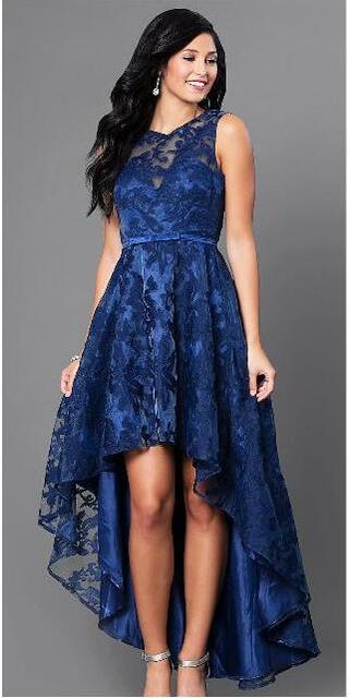 Robes dentelle bleu roi