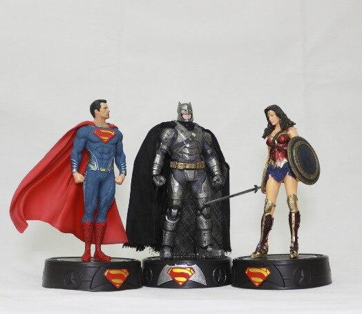 2017 поступление супергероя игрушки Супермен Бэтмен чудо-женщина фигурку игрушки мультфильм 20 см ПВХ Модель Аниме коллекционные игрушки