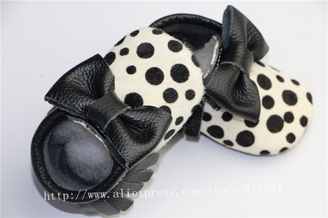 Genuine Leather black polka dots Baby Moccasins bow Soft Moccs Baby Shoes Newborn first walkers Anti-slip Infant Shoes Footwear