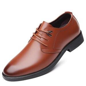 Image 2 - Zapatos de cuero de vaca de calidad para hombre, calzado de vestir suave, talla Extra 45, 46, 47, Punta abierta, 2020