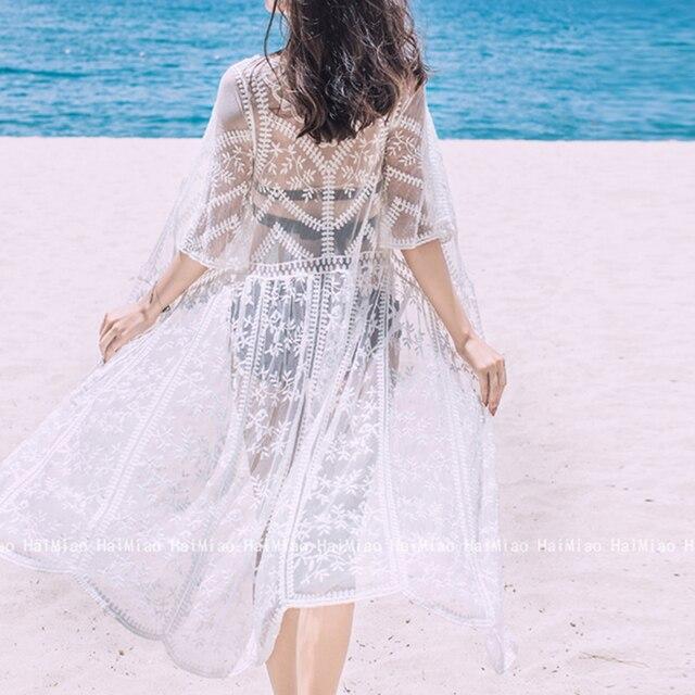 ca85f6089 Mujer Playa Larga Kimono Kaftan caftán túnica Bikini vestido de encaje  Crochet blanco traje baño señora ropa playa 2018. Womens Beach Cover Up ...