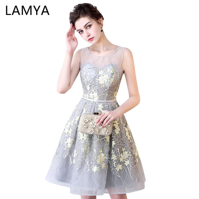 Lamya Embroidery A Line Elegant Short Backless Beach Prom Dresses 2018 Waist Split Evening Party
