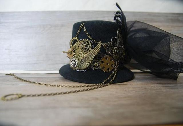 821227953eec9 Handmade Unique Stunning Black Steampunk Mini Top Hat Chains Bow Feathers  Gears Butterfly Accessory Hats For Party