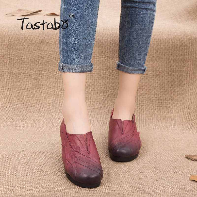 Tastabo Woman Shoes Flats Slip On Solid Color Handmade Genuine Leather Shoes Ladies Loafers Flats 2018 Soft Mother Shoes 2016 mother shoes genuine leather loafers woman solid color soft comfortable ballet flats flexible round toe ol lady work shoes