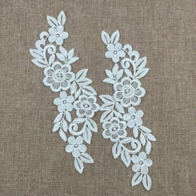 2pcs/lot Floral Lace Sewing Applique Lace Collar Neckline Collar Applique Diy Craft Neckline Sewing Accessories(China)