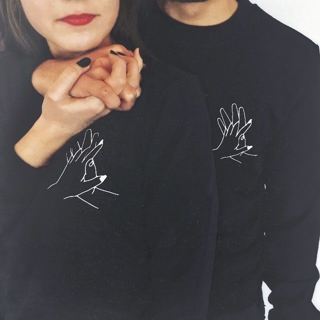 Men Women Couple Hoodies Spring Autumn Black Graphic Lover's Interlocking Fingers Hand Print Pullovers High Quality Sweashirt