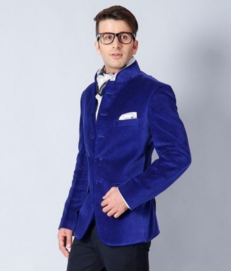 New Arrival Groomsmen Mandarin Lapel Groom Tuxedos Velvet Mens Suits Wedding Best Man (Jacket+Pants+Tie+Hankerchief) B718